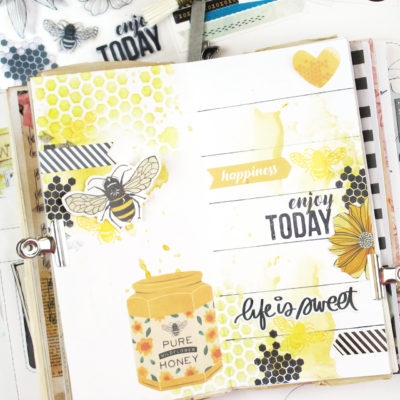 Black, White and Bees Travellers Notebook – Vicki Boutin